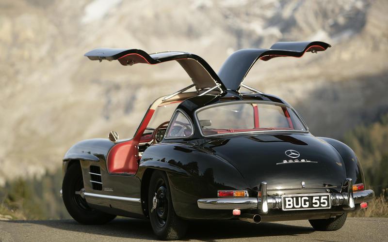 1950s: Mercedes-Benz 300SL: 152mph (246 km/h)