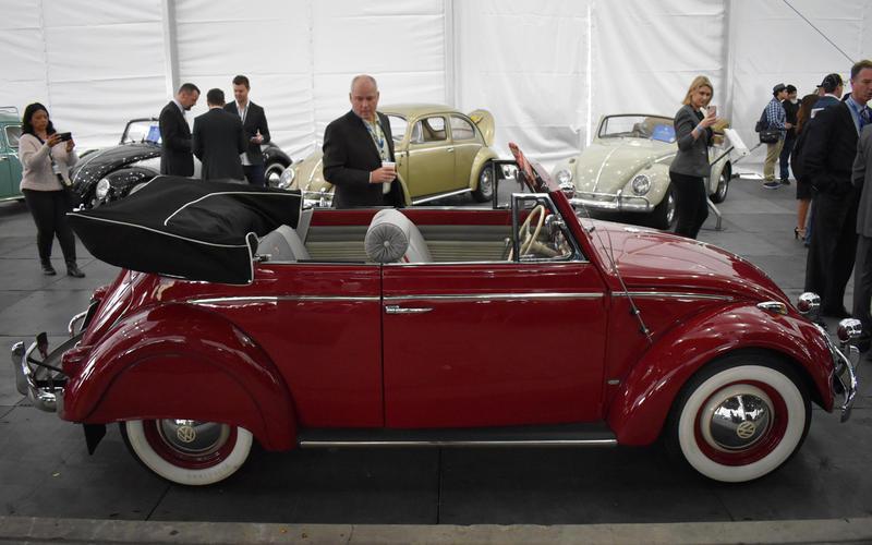 Volkswagen Beetle Karmann Cabriolet (1960)