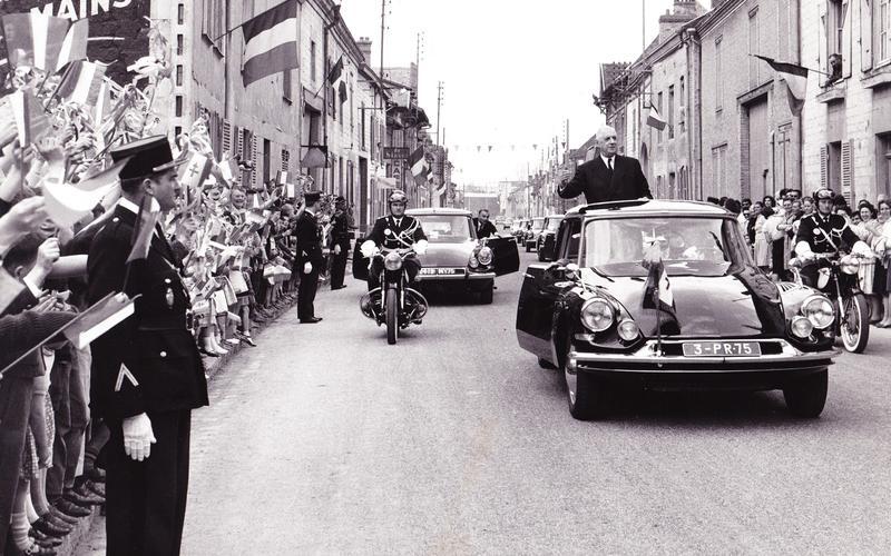 Saving De Gaulle (1962)