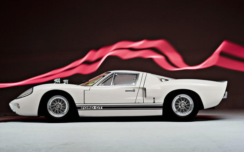 15. 1966 Ford GT40 (UP 1)