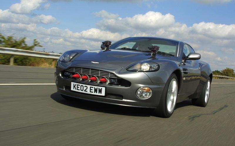 Aston Martin Vanquish (Die Another Day - 2002)