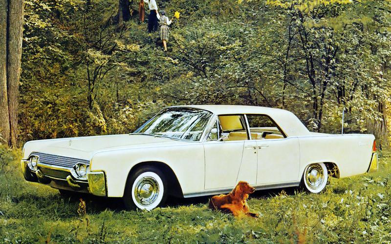 22: 1961 Lincoln Continental
