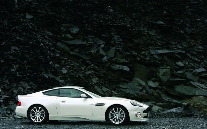 9. 2001 Aston Martin Vanquish (UP 1)