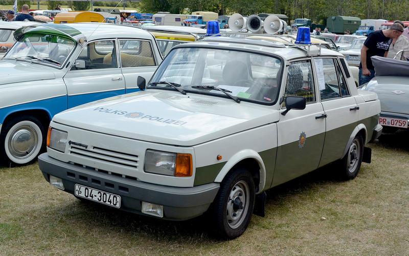 77: Wartburg 353W (East Germany)