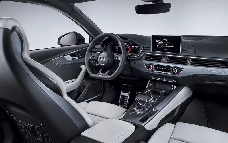Audi RS4 Avant: interior
