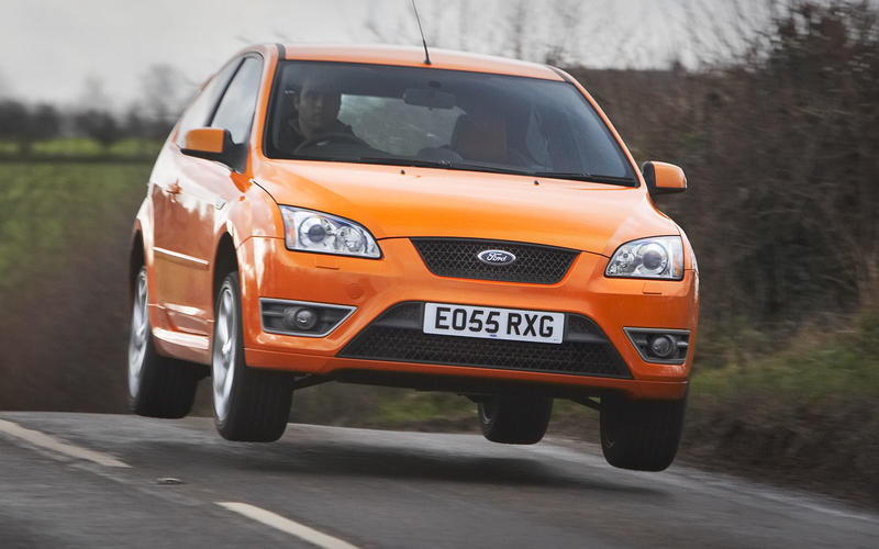 FORD FOCUS ST (2005):