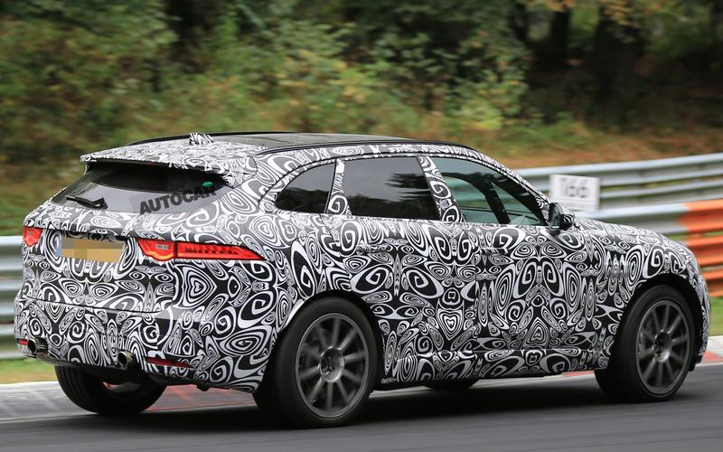 2018: Jaguar F-Pace SVR