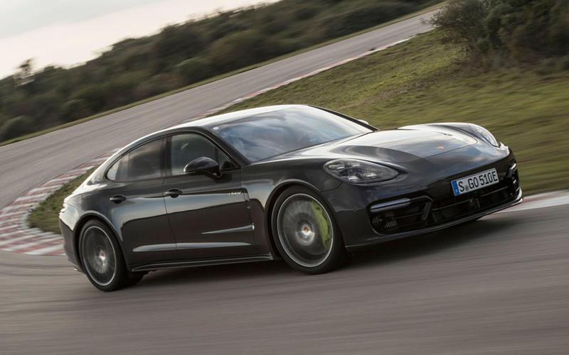 AUGUST: Porsche Panamera Turbo S E-Hybrid