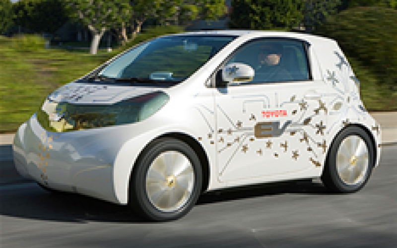 Toyota plans all-electric iQ