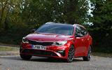 Kia Optima Sportswagon 2018 review - cornering front