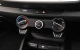 11 Kia Stonic 2021 RT update climate controls