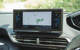 15 Peugeot 3008 2021 RT infotainment