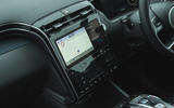 16 Hyundai Tucson 2021 road test review infotainment
