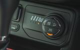 16 Jeep Renegade 4xe 2021 RT awd controls