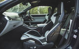 17 BMW M4 Competition 2021 RT cabin