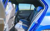 17 Volkswagen Golf R 2021 RT rear seats