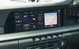 18 Porsche 911 GT3 2021 RT infotainment