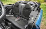 19 Mini Convertible 2021 RT rear seats