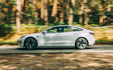 Tesla Model 3 road test - sie