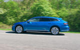 2 Volkswagen Arteon Shooting Brake 2021 RT hero side
