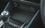 20 Nissan Qashqai 2021 RT smartphone charging