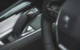 22 Peugeot 508 PSE SW 2021 RT gearstick