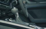 22 Porsche 911 GT3 2021 RT gearstick