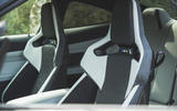 23 BMW M4 Competition 2021 RT front seats