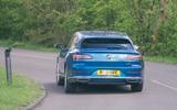 24 Volkswagen Arteon Shooting Brake 2021 RT cornering rear