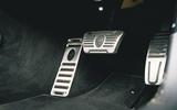 26 Maserati Quattroporte trofeo 2021 RT pedals