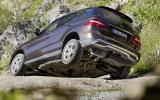Mercedes-Benz ML 350 rear off-roading