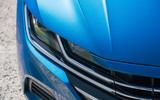 3 Volkswagen Arteon Shooting Brake 2021 RT headlights