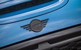 4 Mini Convertible 2021 RT nose badge