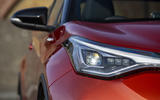 4 Toyota C HR 2021 RT headlights