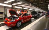 Opel chief praises UK plants