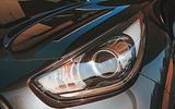 Kia e-Niro 2019 road test review - headlights