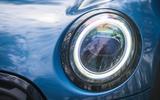 5 Mini Convertible 2021 RT headlights