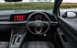 5 VW Golf GTI straightdash