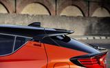 6 Toyota C HR 2021 RT roofline