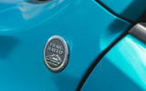 7 Jeep Renegade 4xe 2021 RT trail badge