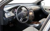 Mercedes-Benz R 350 CDI dashboard