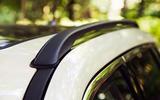 Jeep Compass 2018 highway exam examination - roof rails