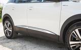8 Peugeot 3008 2021 RT side skirts