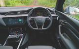 9 Audi E Tron S 2021 RT dashboard