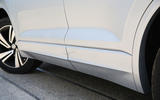 Volkswagen Touareg 2018 road test review side sills