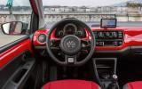 Volkswagen CrossUp dashboard