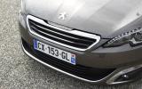 Peugeot 308 front grille
