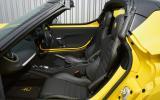 Alfa Romeo 4C Spider front seats