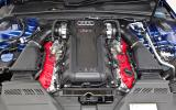 Audi RS4 Avant's V8 engine