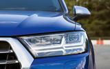 Audi SQ7 LED headlights